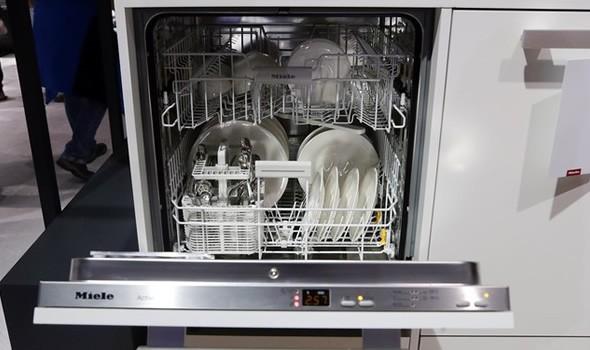 美诺洗碗机打开方式叫绝