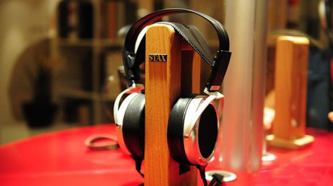 STAX天价静电耳机亮相