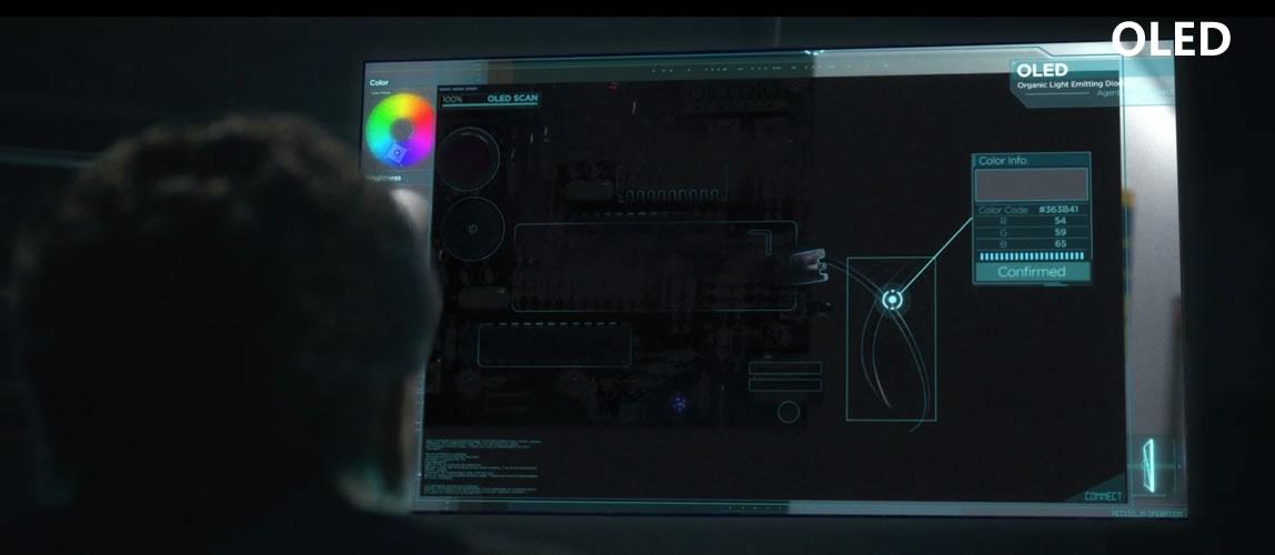 OLED自发光屏暗部细节清晰可见,关键线索不会失真