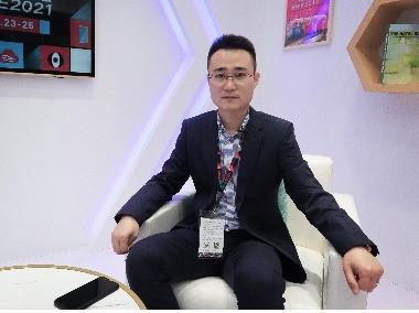 荣邦智能销售总监郑重阳