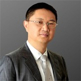 <i>那庆林</i><span>神画科技董事长/CEO<br></span>
