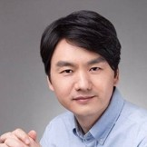 <i>张桂东</i><span>微鲸副总裁<br></span>