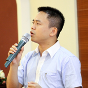 李祥忠:13年加入汇威集团任董事并监管全球市场。