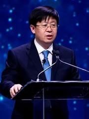 这一次世界电视突破来自中国<em><i>刘洪新</i>海信集团<br/>总裁</em>