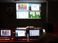 多台电脑控制一台投影