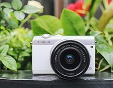 佳能M100 萌妹子的微单相机