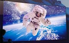 海信150吋4K双色激光电视