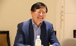 联想杨元庆:绝不对PC掉以轻心