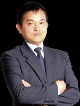 <em>吴颜男</em><br/>中关村在线副总裁