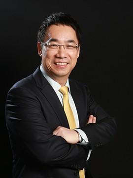 <em>柯文达</em><br/>世纪互联蓝云总裁