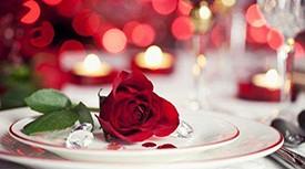 记录浪漫晚餐