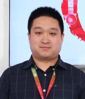 <span>李楠</span><br/>福玛特机器人产品总监