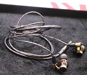 入耳式耳机爱好者必看:JVC展台直击