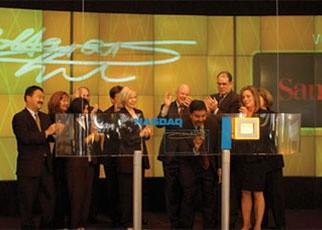 2002年售出第一批Cruzer闪存盘