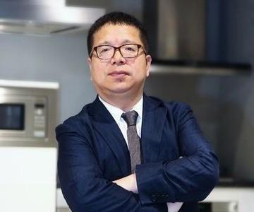 <em>博西家电中国首副总裁 王伟庆</em><br/> 中产阶层需求促进产业的创新进步,做产品继续坚守高端、品质、细节