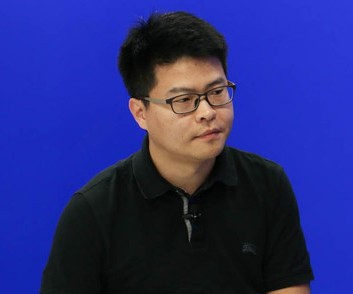 <em>微鲸科技副总裁 汪正贤</em><br/> 产品+服务+品牌营销 海陆空三军轰炸,与微软等公司开始加强深度合作