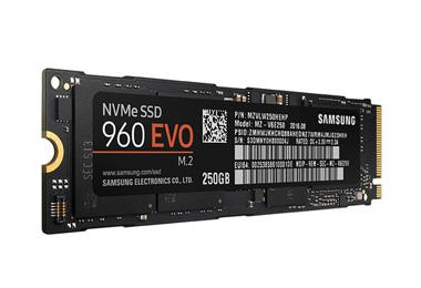 三星960 EVO 250G固态硬盘<em>抢购:<i>919</i>元</em>