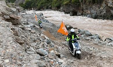 骑士:第一次骑雅迪电动车走川藏线