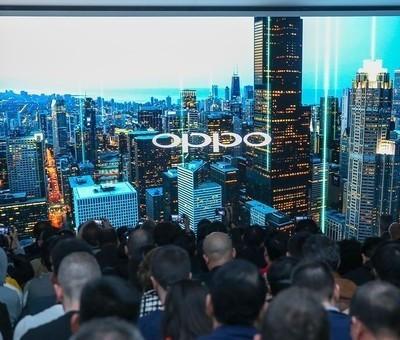 OPPO首款5G手机亮相MWC