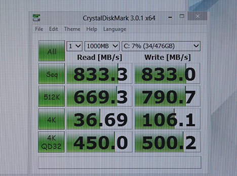 奇特的RAIDO 两块浦科特M6M组磁盘阵列
