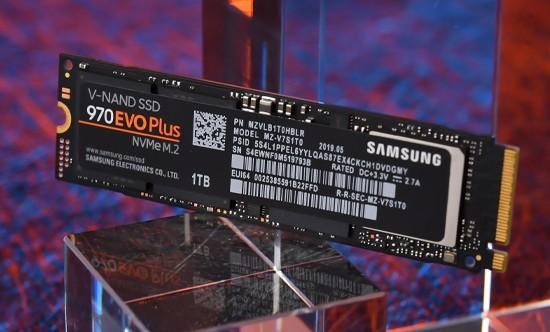 NVMe/SATA SSD有啥不一样?萌新怎么选