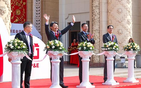 """佳能全球副总裁强调""""中国市场至关重要"""""""