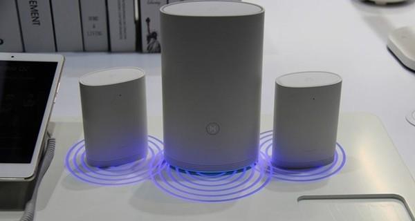 看!我们在华为展台找到了家庭WiFi神器