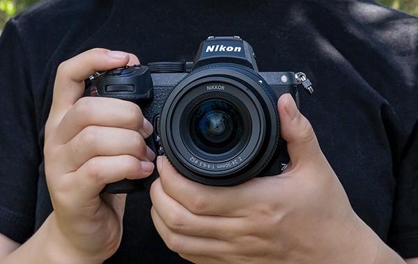 摄影师体验尼康Z5微单相机