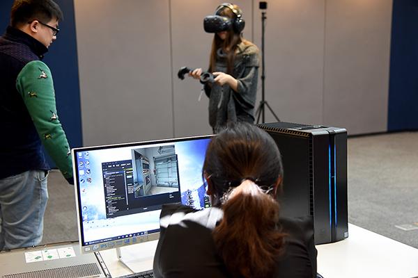 VR具备深度沉浸式体验让游戏更具乐趣