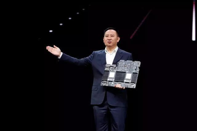华为智能计算业务部总裁马海旭:以创新为世界提供最强算力