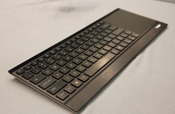 雷柏E9090P无线充电键盘