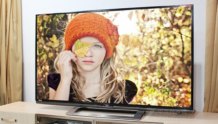 夏普LCD-70UD10A液晶电视外观