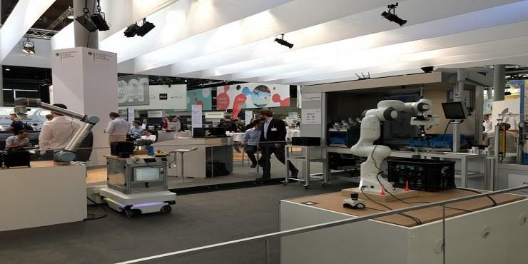 CEBIT智能机器人