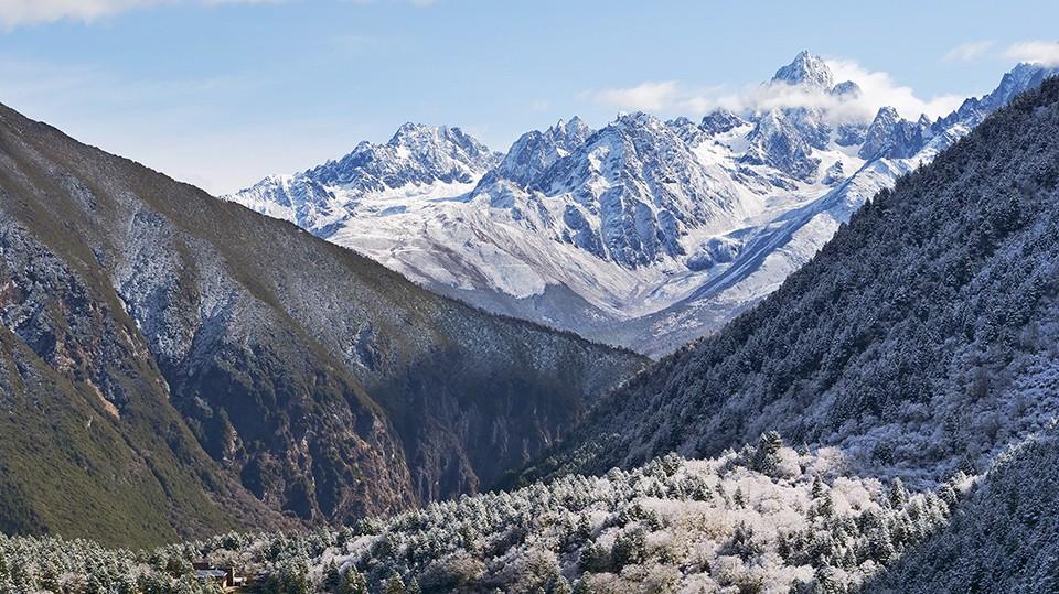 4000米的雪域秘境 行走在川西的高远之上